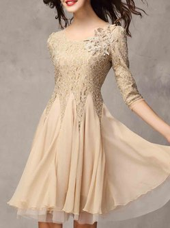 Crew Neck Appliqued Beaded Elegant Floral Guipure Lace Pleated 3/4 Sleeve Tiered Dress