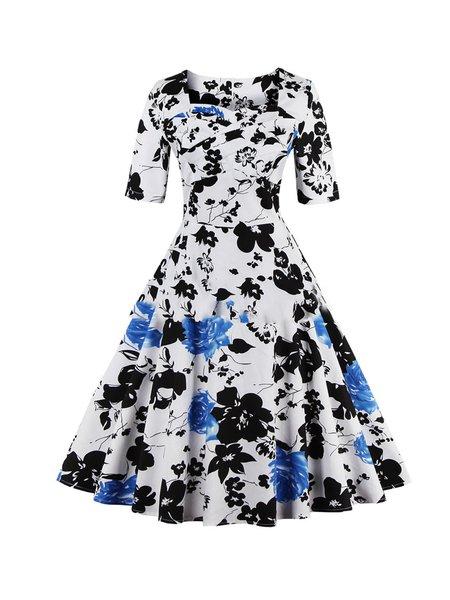 Sweet Flower Printed Half Sleeve Swing Dress