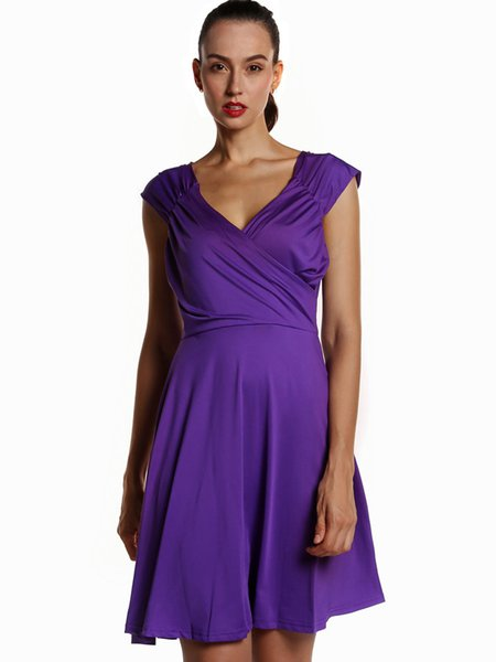 Gathered Sleeveless Solid V Neck Dress