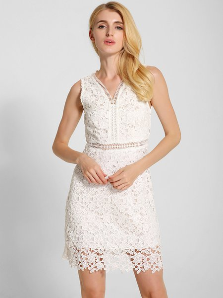 White Sheath Girly Floral V Neck Lace Dress