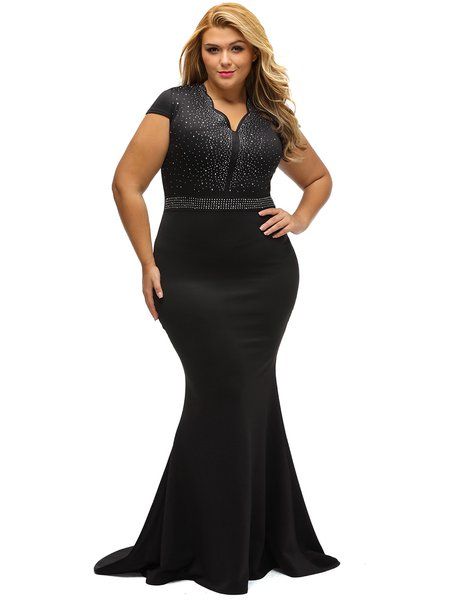 Black Scalloped Solid Elegant Beaded V Neck Mermaid Dress