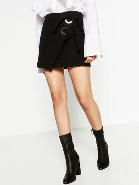 Black A-line Asymmetric Simple Skirt