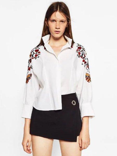 White Embroidered Shoulder H-line Shirt