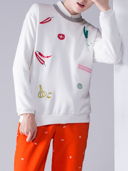 Long Sleeve Cute Embroidered Sweatshirt