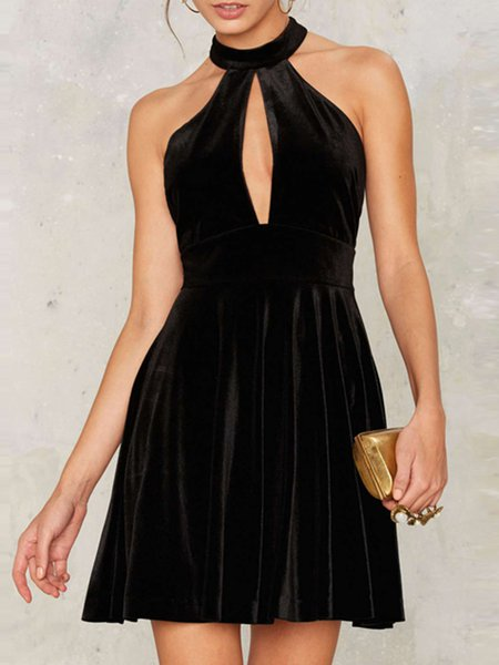 Black Solid Sleeveless Halter A-line Velcet Dress