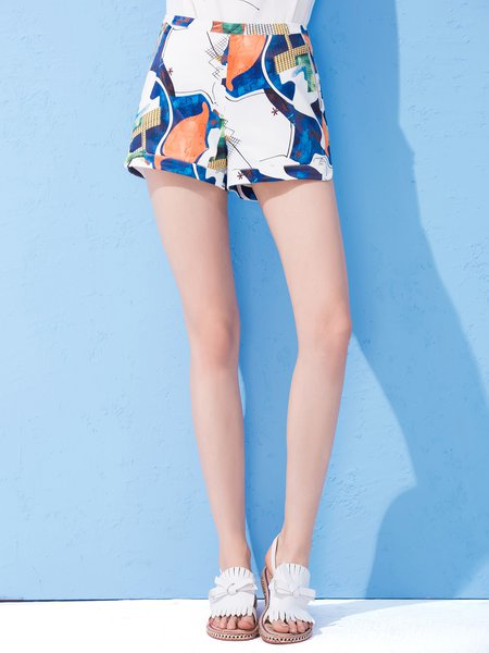 Never Too Close Multicolor Printed Shorts