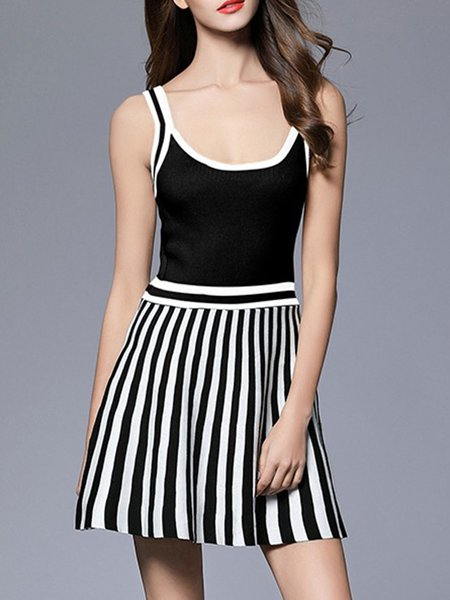 Black Scoop Neckline Stripes A-line Sweater Dress