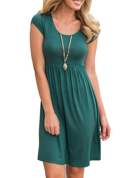 Green Solid Short Sleeve Crew Neck Casual Dress