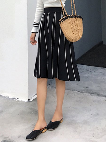 Swing Knitted Simple Stripes Skirt
