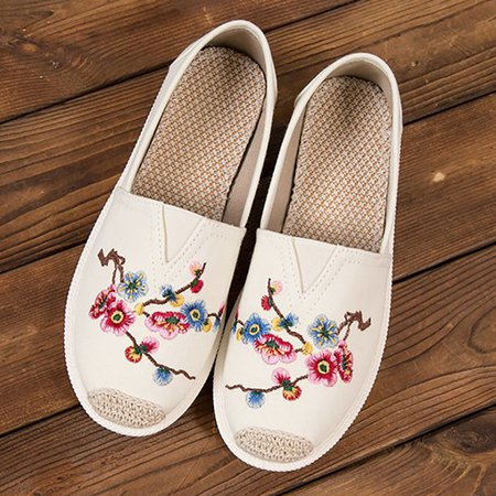 Casual Cloth Floral Embroidered Flat Heel Loafers