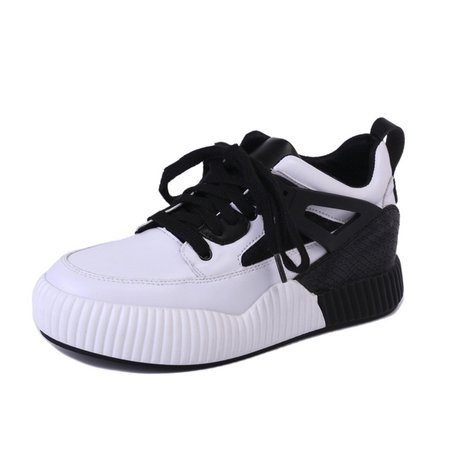 Lace-up Athletic Platform PU Sneakers