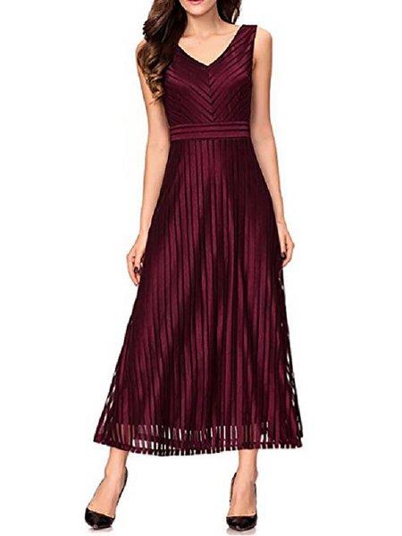 V Neck Sleeveless Swing Elegant Dresses