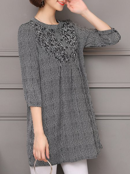 A-line 3/4 Sleeve Buttoned Stripes Crew Neck Casual Plus Size Blouse