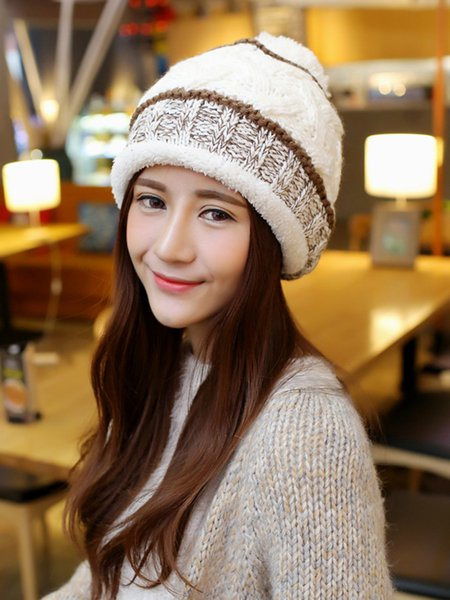 Cable Girly Knitted Beanie