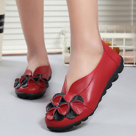Red Flower Round Toe Slip-On Flats