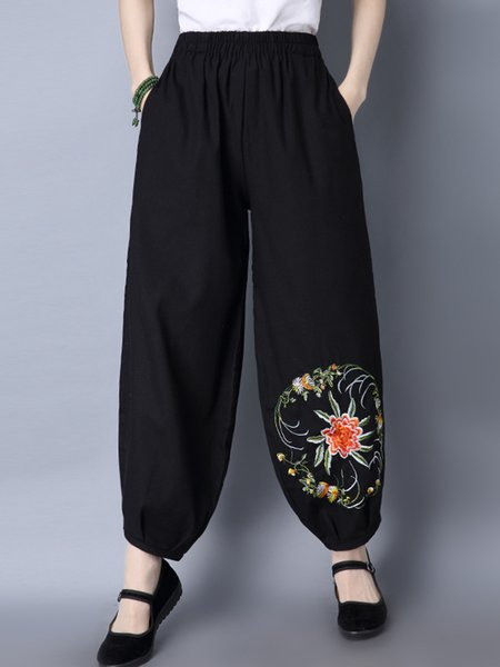 Black Pockets Floral Embroidered Casual Pants