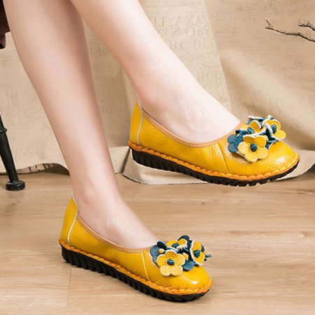 Flowers Round Toe Slip-On Women Flats