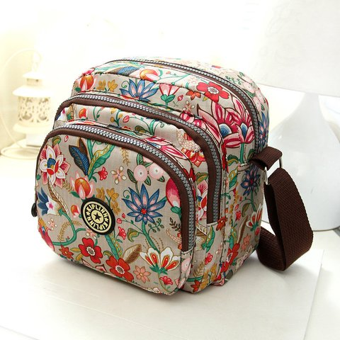 Vintage Flower Printed Multi-slots Nylon Crossbody Bag