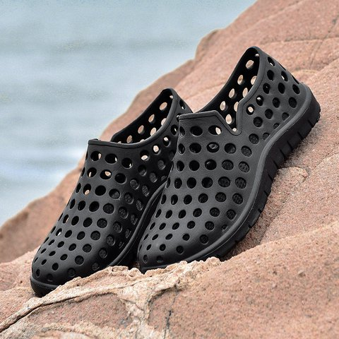 Men Hole Light Weight Soft Beach Shoes Water Sandals