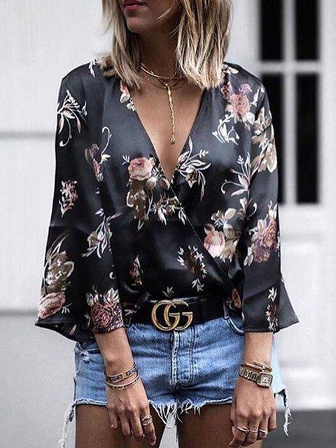 Black Floral Bell Sleeve V-Neck Floral Printed Blouses