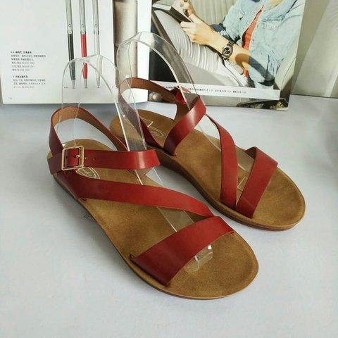 Adjustable Buckle Casual Flat Heel Sandals