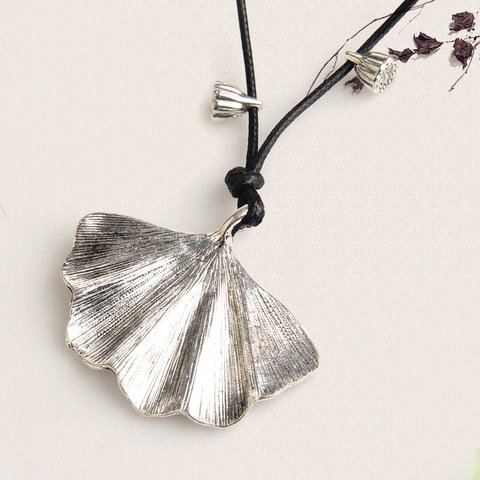 Womens Vintage Alloy Leaf Sweater Necklaces