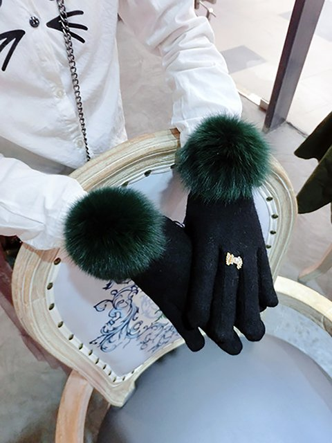 Womens Big Fox Ball Autumn Gloves