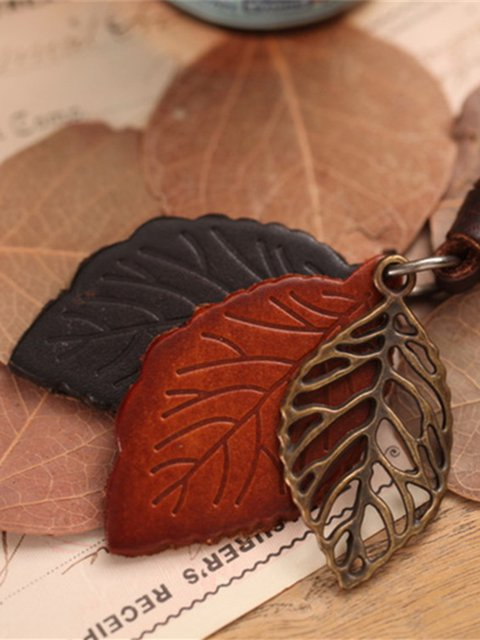 Brown Leaf Artificial Leather Necklace