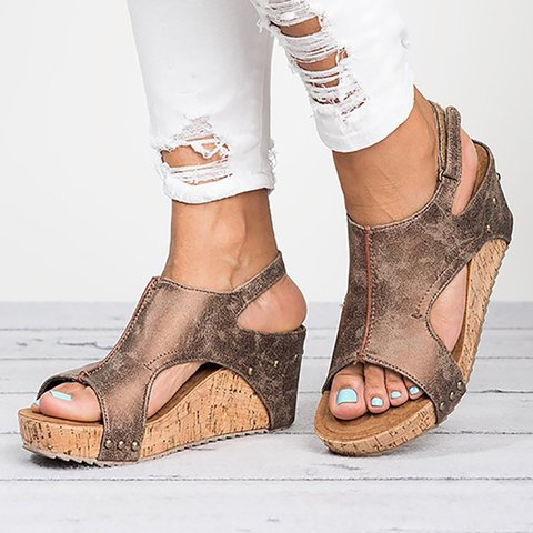 Plus Size Peep Toe PU Wedges Blocking Hook-Loop Wedge Sandals