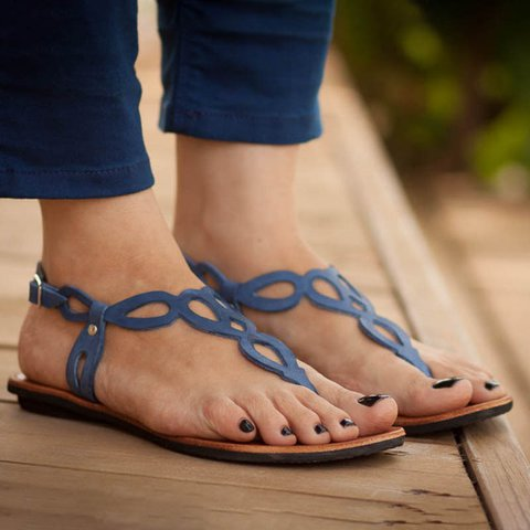 Plus Size Daily Sandals Hollow-out Flat Sandals with Buckle