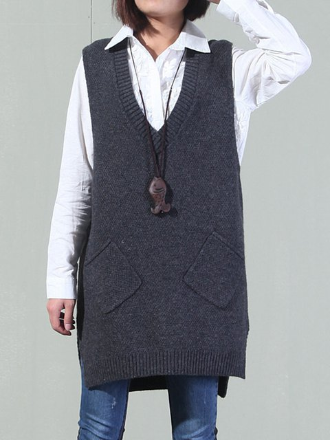 Sleeveless V Neck Knitted Pockets Sweater