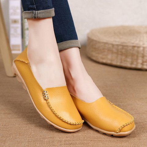 Plus Size Pure Color Soft Slip On Leather Casual  Lazy Flat Shoes