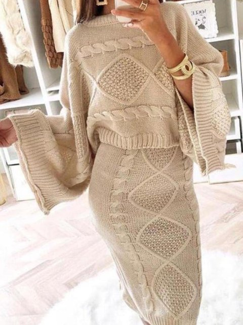 Two Piece Knitted Round Neck Suit Set