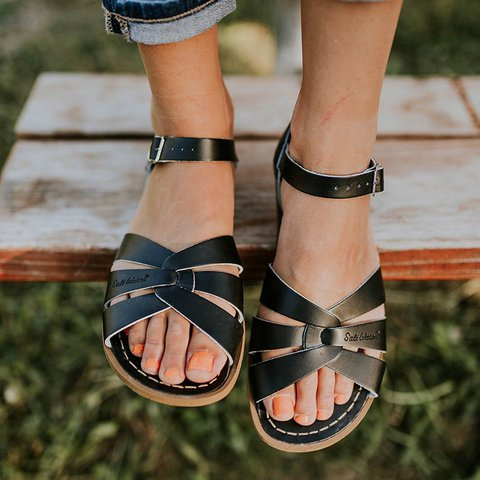 Summer Flat Heel Adjustable Ankle Strap Water-proof Sandals