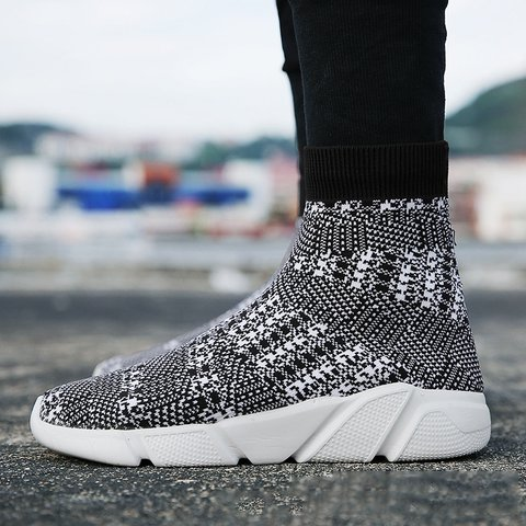 Casual Fly-Woven Fabric Breathable Sneakers