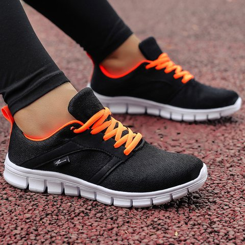 Women's Breathable Sport Shoes Lace-Up Casual Sneakers