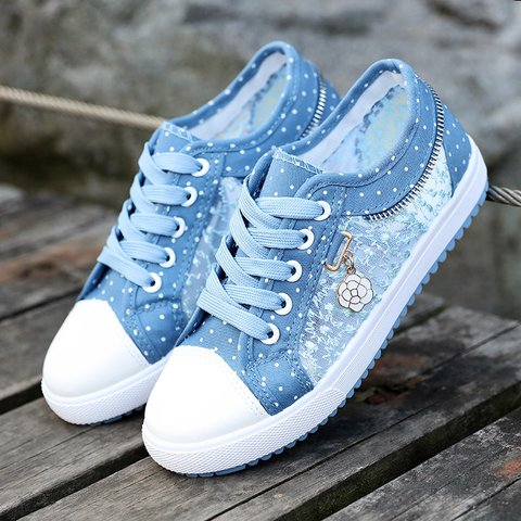 Women's Lace Flower Polka Flat Heel Daily Sneakers