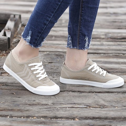 Women's Classical All Season Lace-Up Casual Sneakers