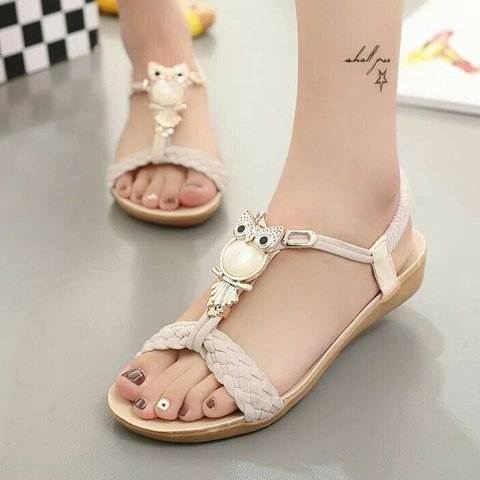 Daily Flat Heel Imitation Pearl Sandals