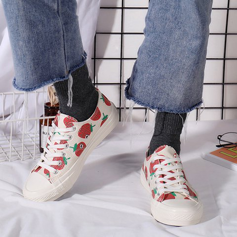 Women's Classic Low Top Lace-Up Low Heel Canvas Sneakers