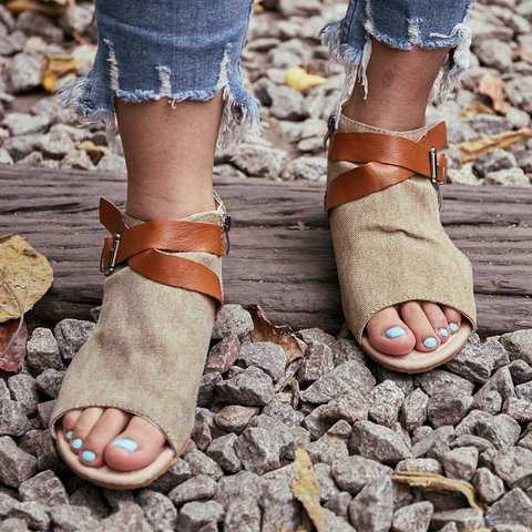 Women Plus Size Denim Cloth Adjustable Buckle Sandals