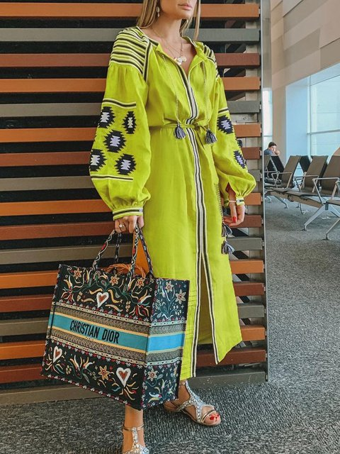 Women  V-neck Lantern Sleeve Bohemian Print Holiday Dress