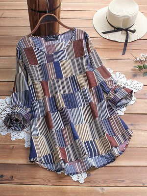 Plus Size Casual Printed Crew Neck Geometric Blouses