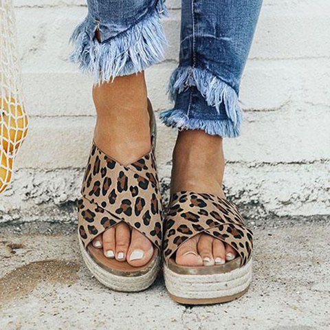 2d913f92cd Women Plus Size Peep Toe Platform Vintage Sandals Slip-On Slippers ...