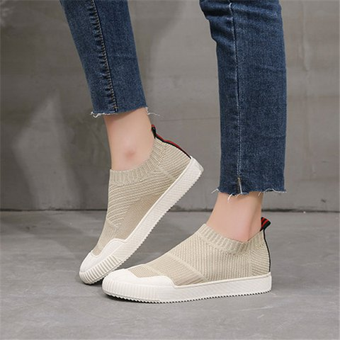 Slip On Sneakers Flat Heel Flyknit Fabric Sneakers