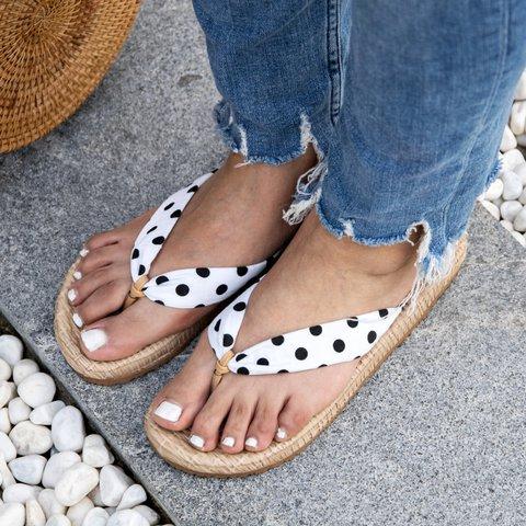 Summer Flip-flops Flat Heel Beach Slippers