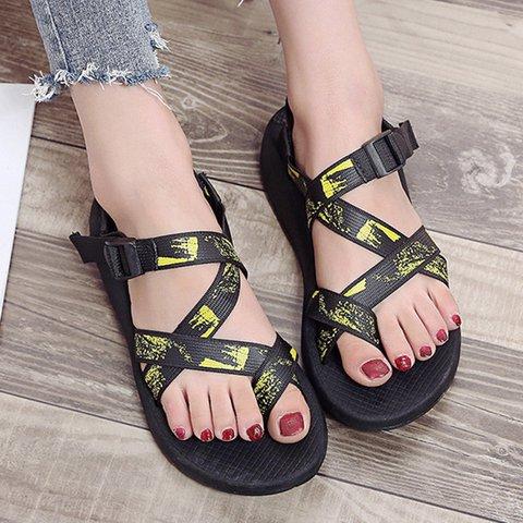 Wedge Heel Flip-flops Buckle Strap Beach Roman Sandals