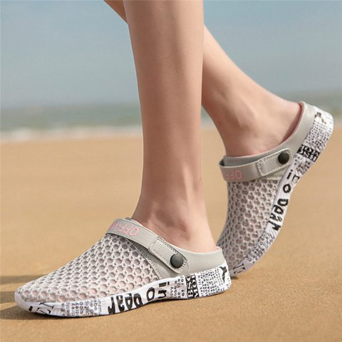 Women Beach Lightweight Hollow Out Sandals