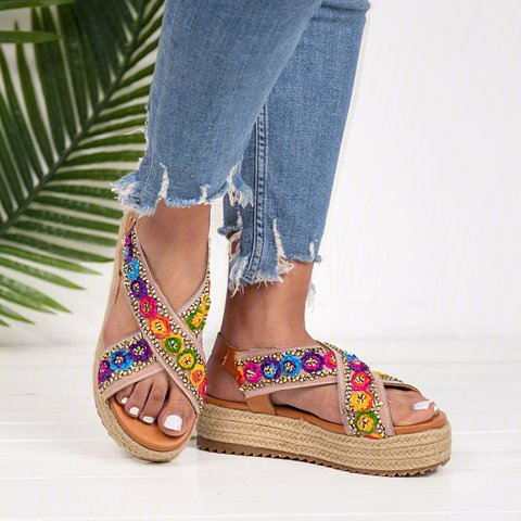 Women PU Creepers Sandals Plus Size Adjustable Buckle Shoes