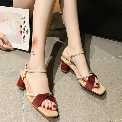 976221e9f705 Justfashionnow Sandals Square Toe Chunky Heel Off White Casual Sandals